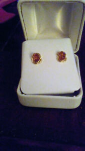 Solid 14kt gold Amber earings $85 OBO