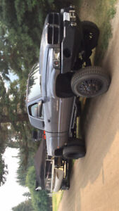 2002 Dodge dually fully loaded