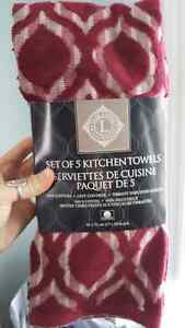 Brand new in package tea towels