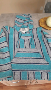 Mexican rug pullover