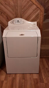 Secheuse Maytag a vendre