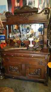 Antique Cabnet Hutch