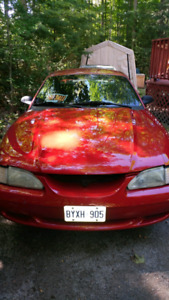 1995 Ford Mustang V6 5 speed Coupe