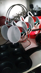 Lot tasses, Couteaux Fromage, Robot Culinaire