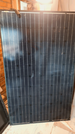 Solar panels with all rails