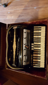 Minerva Ballerina 8 Accordion