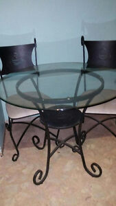 Glass kitchen table & 2 chairs