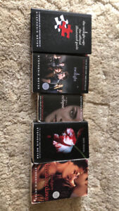 Twilight book series plus official illustrated guide