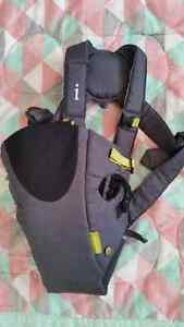 Infantino Baby carrier - grey