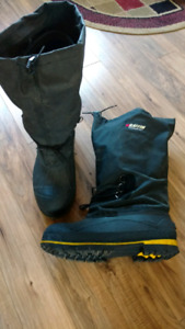 Baffin safety winter boots size 13