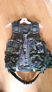 CADPAT Tac vest with CANEX hydration pack. OBO