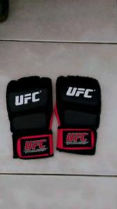 LIKE NEW UFC GLOVES $10