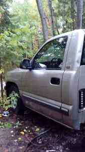 Parts for sale 2002 Chev Rwd and 4x4 GMC