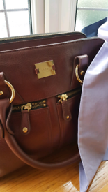 Modalu large Pippa leather bag, beautifully made, grab and go!