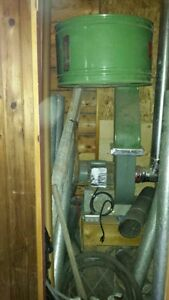 Various wood working equipment - jointer is sold