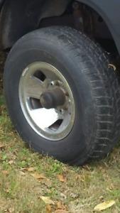 4 new Kumho 235/75/15 winter tires