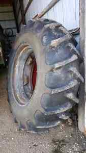 18.4 x 34 tractor tire