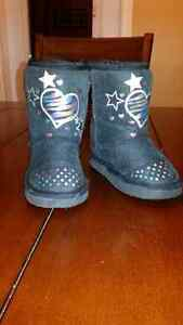Toddler girls Size 6 Boots