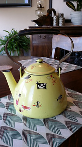antique vintage Belgium enamel kettle, like Descoware