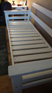 Custom built white wash bench Comox / Courtenay / Cumberland Comox Valley Area image 2