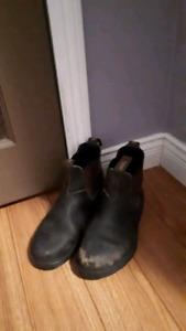 Blundstones boots