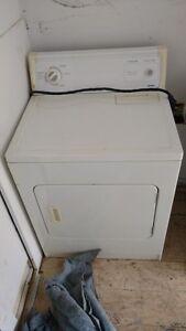 Laveuse et Secheuse / Washer & Dryer
