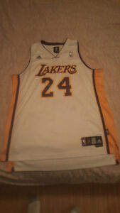 Kobe Bryant Authentic #24 Jersey / Large