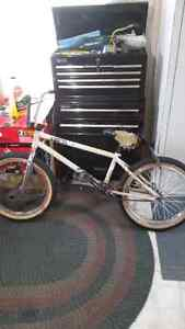 Selling my subrosa bmx
