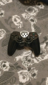 Ps2/ps3 controller.