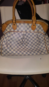 Louis Vuitton Paris handbag