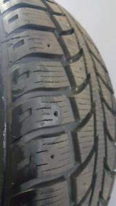 205/70R15 Uniroyal Tiger Paw Ice and Snow LIKE NEW