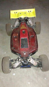 Associated 1/8 Scale Buggy