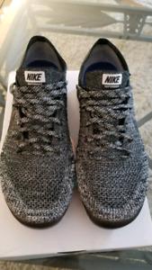 Nike Vapormax Flyknit Oreo Size 11