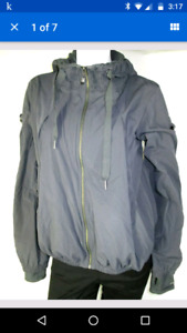 Lululemon fall jacket size 8
