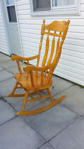 Rocking Chair Buy Or Sell Chairs Amp Recliners In Ottawa