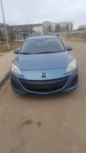 2011 Mazda 3- MUST GO, make an offer!