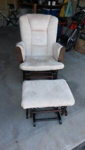Gliding, Rocker Chair with Ottoman