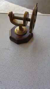 Solid brass  ship wheel clamp