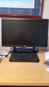 Laptop Docking station with.Station pour portable avec moniteur
