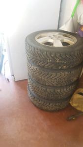 5 x 100   P195/65R/15 GoodYear winter tire