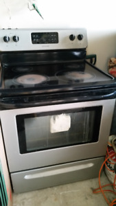 GLASSTOP SELF CLEANING STAINLESS STEEL STOVE