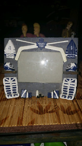 2 Nhl toronto maple leafs picture frame