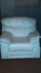 originally scratch proof white pleather couch seat