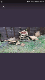 Paving slabs about 14 whole and some broken