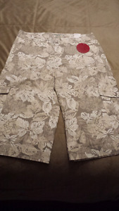 Brand new with tags capri pants