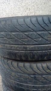 205/55R16 Goodyear 2 pneus dété 50$