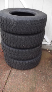 265 75 16 Techno studded winter tires
