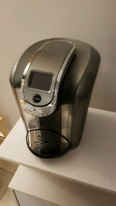 Keurig 2.0 with free stand