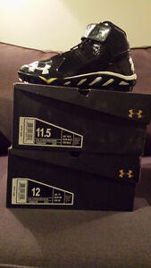 Souliers/Cleats Under Armour **NEUF** pour 60$