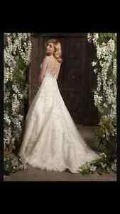 NEW WEDDING DRESS Christine Dando 2016